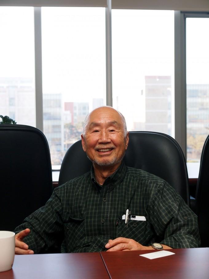 '인천 1만 명 게놈 프로젝트'(가칭)을 설명하고 있는 구조생물학자 김성호 미국 UC버클리 화학과 명예교수. - 윤신영 제공